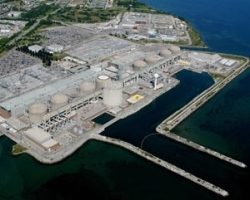 The Pickering nuclear power plant near Toronto is the largest such facility in Canada. (Canadian Press)